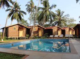 Bay 15, hotel with pools in Dona Paula