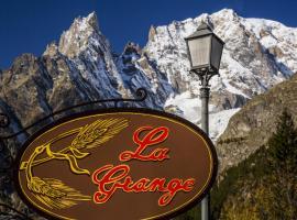 Hotel La Grange, hotel near Skyway Monte Bianco, Courmayeur