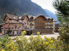 Hotel Soreghes Gran Chalet, отель в Кампителло-ди-Фасса