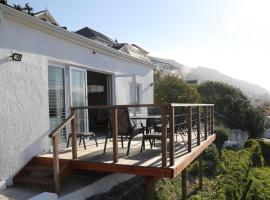 Apartment The Nook, hotel in Fish Hoek