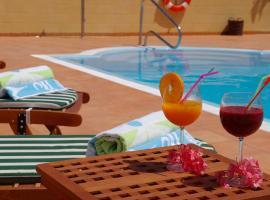 Hotel Rural El Navío - Adults Only, hotel in Alcalá
