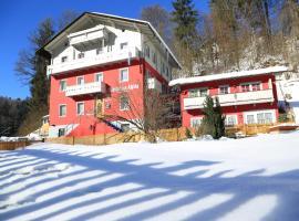 Gästehaus Alpina, hótel í Berchtesgaden