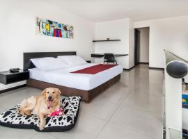 Travelers Orange Suites, apartamento en Medellín