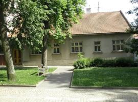 Penzion Mika, hotel in Jindřichŭv Hradec