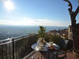 Donnaberarda, apartment in Cortona