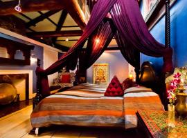 Moroccan Luxury Suites, B&B in Boston