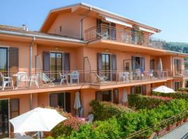 Garni Onda, hotel in Torri del Benaco