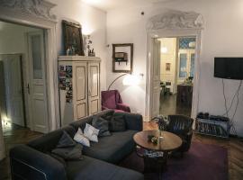 Baroque Hostel & Coworking, hotel v Budapešti