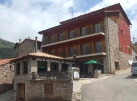 Hostal Alt Llobregat, hotel a Castellar de n'Hug