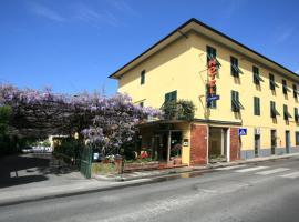 Hotel Stipino, hotel a Lucca