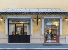 Hotel Caracciolo, hotel near Porta Maggiore, Rome