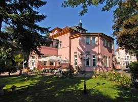 Parkhotel Güldene Berge, Hotel in Weißenfels