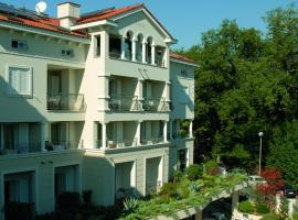 Hotel Villa Vera, hotel in Lovran