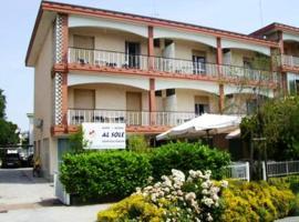 Albergo Al Sole, hotel in Grado