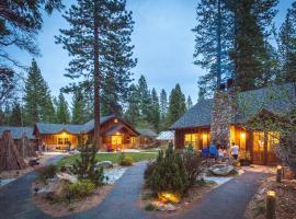 Evergreen Lodge at Yosemite, lodge in Mather