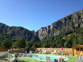 La Pinatelle, resort village in Saint-Auban