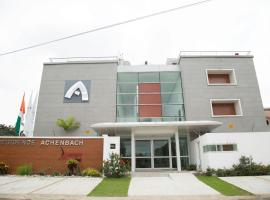 Residence Achenbach, hotel in Abidjan