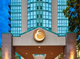 Executive Plaza Hotel & Conference Centre, Metro Vancouver, hotel in Coquitlam