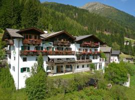 Hotel Jägerhof, hotell i San Leonhard in Passeier