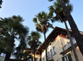 Casa Lari, serviced apartment in Stresa