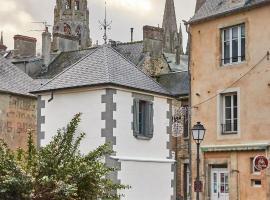 La Plus Petite Maison De France, vacation home in Bayeux