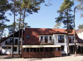 Pensjonat Amber, family hotel in Pobierowo