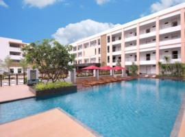 Paragon Suites Resort, hotel in Jomtien Beach