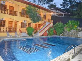 Hotel Tres Banderas, hotel en Manuel Antonio