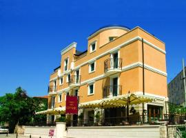 Hotel Villa Cittar, hotel in Novigrad Istria