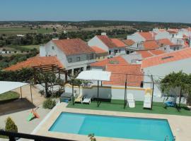 Hotel Solar Dos Lilases, hotel in Mora