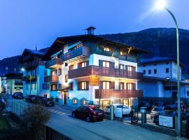 Residence Alpen Casavacanze, serviced apartment in Pinzolo