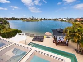 Broadbeach Waterfront Holiday House, hotel in Gold Coast