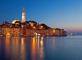 Apartments Cvek 2, luxury hotel in Rovinj