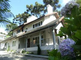 Residencial Jardim dos Pinheiros 279, hotel near Mundo a Vapor, Canela