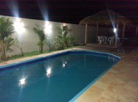 Pousada Brisa Do Pontal, guest house in Fortim