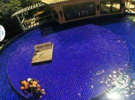 Bangalô Villas do Pratagy com jacuzzi, pet-friendly hotel in Maceió