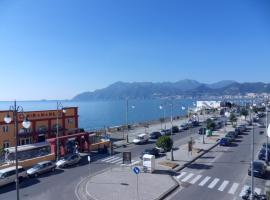Leucosia Bed & Breakfast, apartment in Salerno