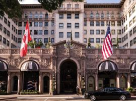 Beverly Wilshire, A Four Seasons Hotel, hotel near Getty Center, Los Angeles