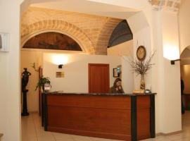 Hotel Adria, отель в Бари
