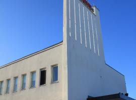 Hesehotelli Turku Linja-autoasema, hotelli Turussa lähellä maamerkkiä Ruissalo
