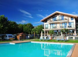 Hotel Resort Le Vele, hotel in Domaso