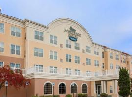 Homewood Suites by Hilton Erie, hotel in Erie