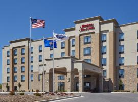 Hampton Inn & Suites Milwaukee/Franklin, hotel near General Mitchell International Airport - MKE, Franklin