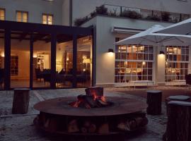 La Demeure Du Parc, hotel in Fontainebleau