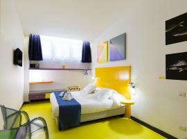 Correra 241 Lifestyle Hotel, hotel near Chiesa dei Santi Filippo e Giacomo, Naples