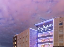Hotel Clique Calgary Airport, hotel near Calgary International Airport - YYC,