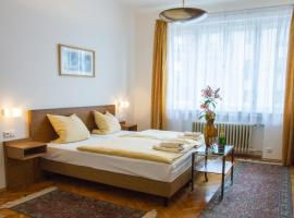Pension Karnet, Bed & Breakfast in Prag