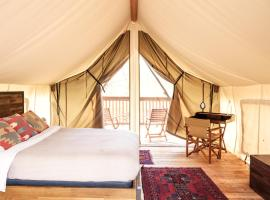 Firelight Camps, luxury tent in Ithaca