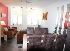 Apartment Oldsaxo Premium, self-catering accommodation in Ieper