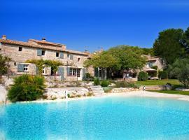 Le Mas De La Rose - Les Collectionneurs, hotel near Servanes Golf Course, Orgon